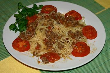 Паста Капеллини с соусом из мясного ф...
